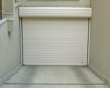 Ролетни врати с ръчно или дистанционно управление